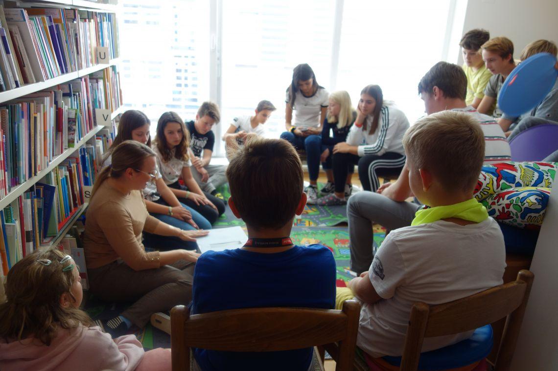 Obisk dijakov Mladinskega doma v Slovenski študijski knjižnici