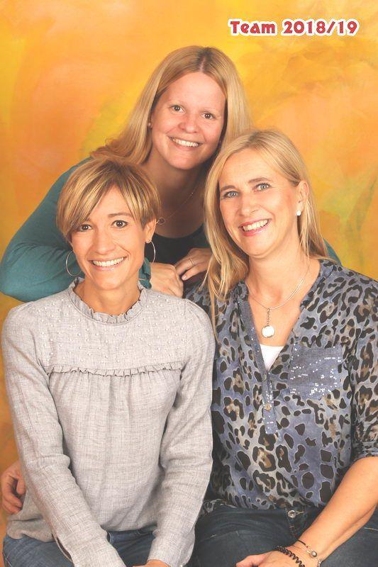Hinten: Schellander Petra Vorne links: Klatzer Melanie Vorne rechts: Jäger Petra