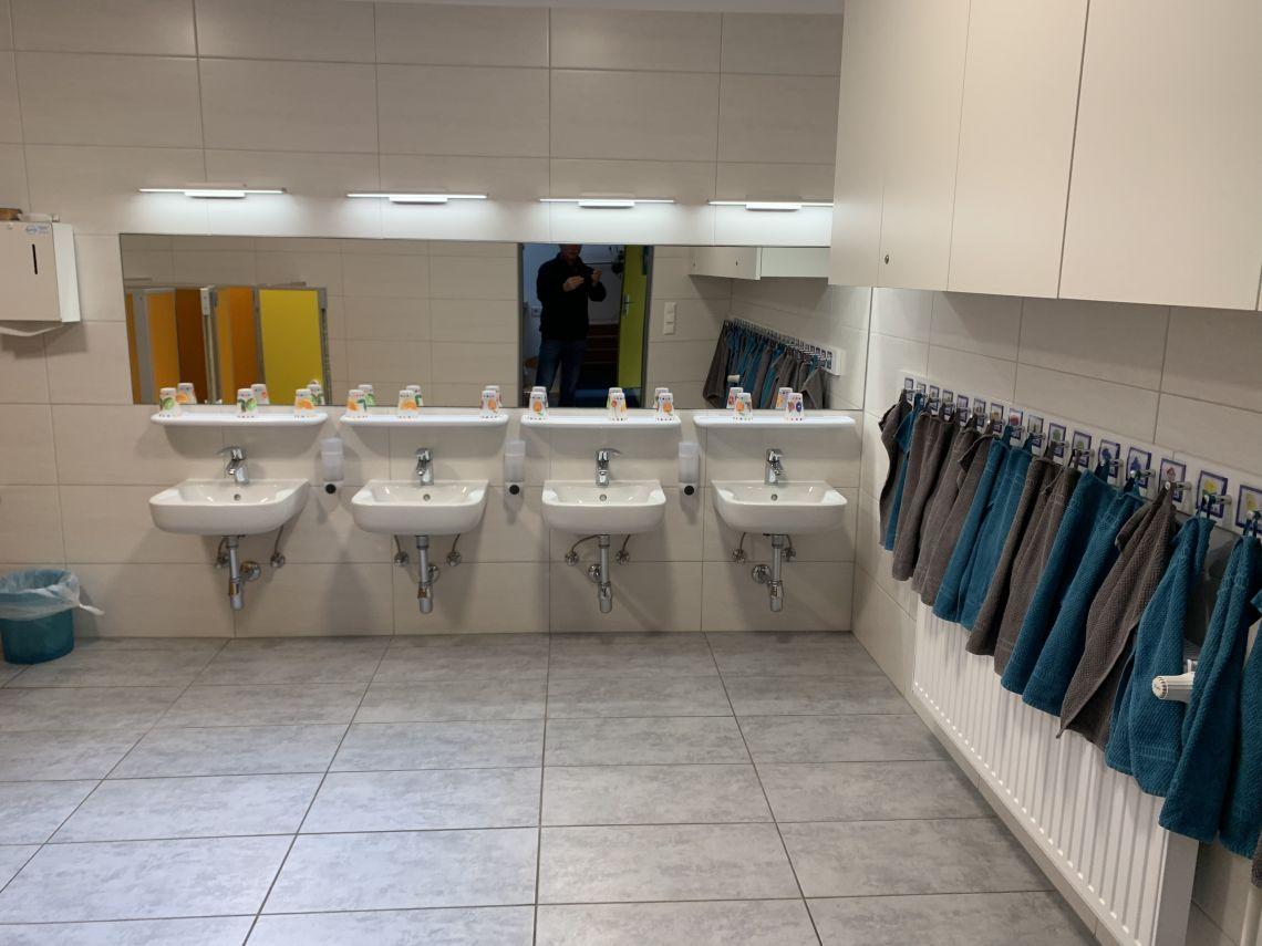 Na novo opremljena umivalnica